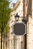 Винтажная пустая черная доска знака стоковая фотография rf