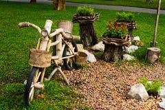 Винтажная древесина велосипеда Стоковое Изображение RF