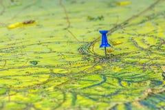 Винтажная старая карта Крыма выдала в ies 1960 СССР Надпись города в русском Симферополе Pin показывает город стоковые фотографии rf