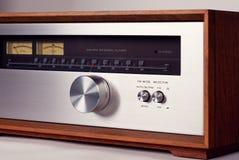 Винтажная стерео тональнозвуковая кнопка настройки радио тюнера стоковое фото