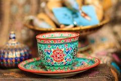 Винтажная тайская кофейная чашка фарфора стиля handmade Красивый tr Стоковое Изображение