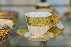 Винтажная тайская кофейная чашка фарфора стиля handmade Красивый tr Стоковые Фотографии RF