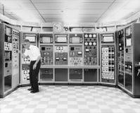 Винтажная технология ученого болвана компьютера стоковое фото