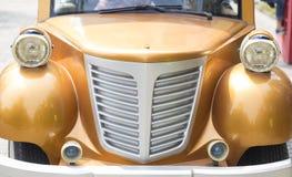 Винтажная фара автомобилей стоковое изображение
