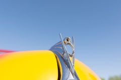 Винтажная эмблема Форда V8 Стоковое Фото
