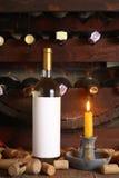 Винтажное белое вино в погребе Стоковые Изображения RF
