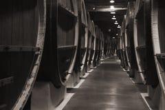 Винтажное деревянное несется подвал винодельни Стоковое Фото