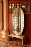 Винтажное зеркало в дворце Бангалора Стоковая Фотография