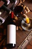 Винтажное красное вино в погребе Стоковое Изображение RF
