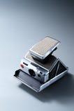 Винтажное оборудование классики поляроида sx-70 немедленной камеры Стоковые Фотографии RF