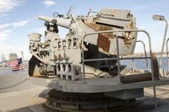 Винтажное оружие WWII установленное на корабле свободы Стоковая Фотография