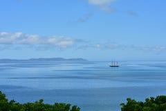 Винтажное парусное судно на штиле на море Стоковая Фотография RF