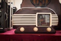Винтажное радио на выставке робота и создателей Стоковое Изображение RF