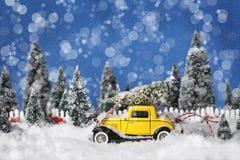 Винтажное рождество 2 автомобиля Стоковая Фотография