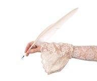 Винтажное сочинительство руки с пером quill Стоковое Изображение RF