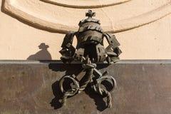 Винтажное украшение металла Флористический орнамент на нанесённой загородке стоковая фотография rf