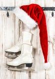 Винтажное украшение рождества красный цвет santa шлема claus Стоковые Фотографии RF
