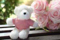 Винтажное фото стиля плюшевого медвежонка Стоковые Изображения RF