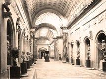 Винтажное фото Braccio Nuovo в музее 1890 Ватикана Стоковая Фотография RF