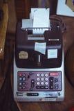 Винтажное calcutalor печатания Стоковая Фотография RF