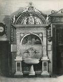 Винтажное della 1880-1930 Giovanni фото Robbia, washbasin, 1498 Флоренс Италия, повесть Santa Maria, ризница Стоковое фото RF