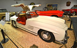 Винтажные автомобили в национальном музее автомобиля, Reno, Неваде Стоковое Изображение