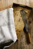 Винтажные деревенские утвари и ткань кухни Стоковое Изображение