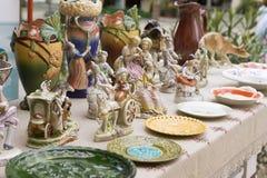 Винтажные керамические Figurines людей, Outdoors Стоковая Фотография RF
