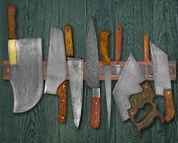 Винтажные ножи на шкафе Стоковое Фото