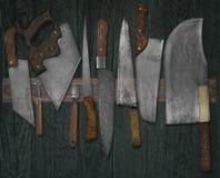 Винтажные ножи на шкафе Стоковые Изображения RF