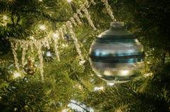 Винтажные орнаменты рождественской елки Стоковые Фотографии RF