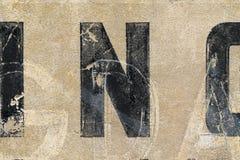 Винтажные письма на стене Стоковые Изображения