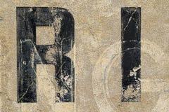 Винтажные письма на стене Стоковая Фотография