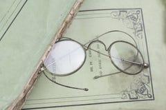 Винтажные стекла стоковые изображения rf