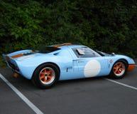 Винтажный автомобиль Форд GT40 гонок на Grand Prix стоковая фотография