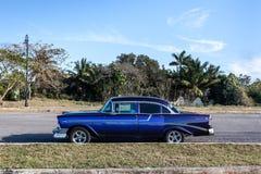 Винтажный автомобиль, Гавана, Куба Стоковые Фотографии RF