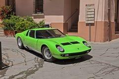 Винтажный автомобиль спорт Lamborghini Miura Стоковые Изображения RF