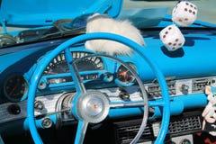 Винтажный американский интерьер автомобиля спорт стоковое фото