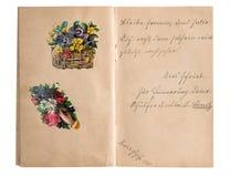 Винтажный альбом scrapbook с почерком и изображениями Стоковая Фотография