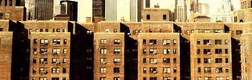 Винтажный взгляд горизонта Нью-Йорка стоковые изображения rf