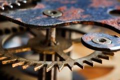 Винтажный взгляд макроса зубов шестерни колеса cog Поле малой глубины, селективный фокус Стоковые Изображения