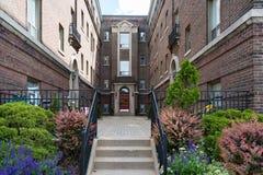 Винтажный викторианский комплекс дома в Торонто Канаде стоковая фотография rf