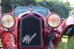 Винтажный гриль & headlamp гонщика romeo альфы стоковые изображения rf