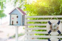Винтажный деревянный почтовый ящик Стоковые Изображения