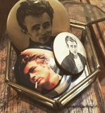 Винтажный декан Кнопка Изображение Джеймс стоковое фото rf