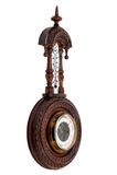 Винтажный деревянный барометр Стоковая Фотография