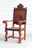 Винтажный деревянный стул на белом пути клиппирования Стоковое Изображение RF