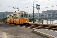 Винтажный желтый трамвай стоковое изображение rf