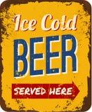Винтажный знак олова пива Стоковые Изображения