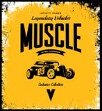 Винтажный изготовленный на заказ логотип футболки вектора горячей штанги на желтой предпосылке Стоковое Изображение RF